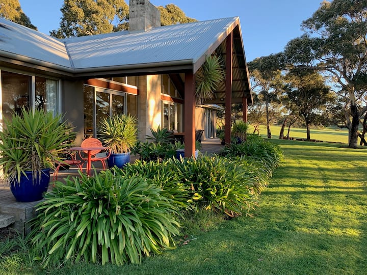 Kenwood Bank Vineyard Retreat