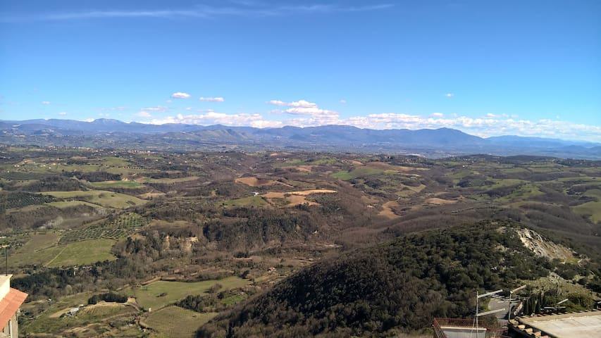 CASA PANORAMICA IN CENTRO STORICO