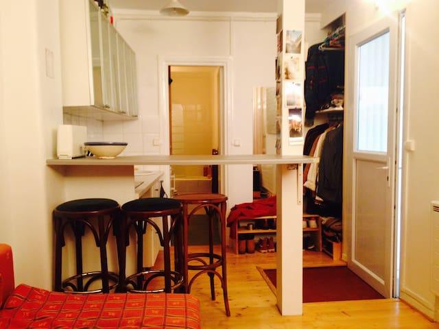 Studio 20m2, à 15mn de Montparnasse