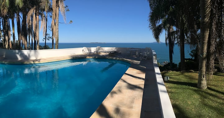 Villa 4 ilhas piscina/vista mar/praia privativa