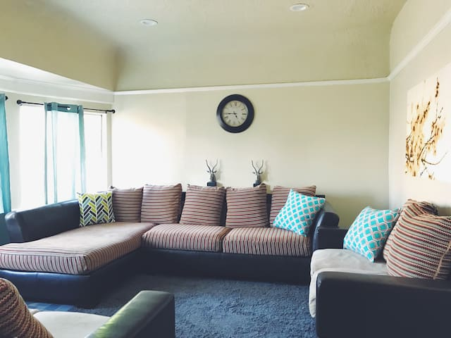 Cozy space, students welcome! - Los Angeles - Huis