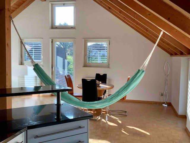 Gemütliches privates Zimmer im Dachgeschoss