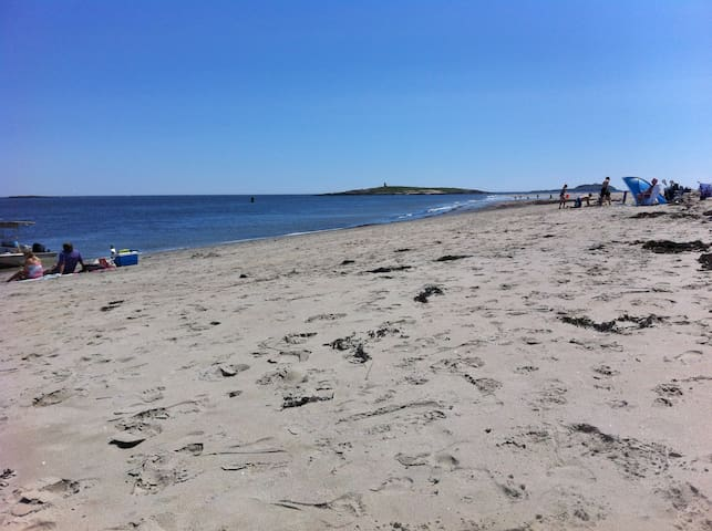 Popham Beach Cottage, Nestled in the Pine Grove - Phippsburg - Casa de campo