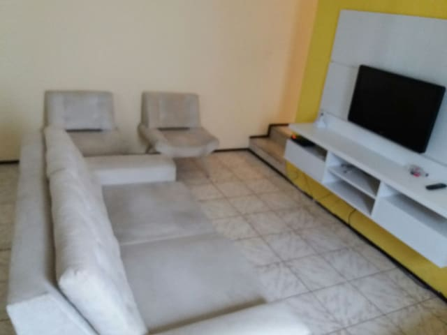 Quarto no Cambeba / *Faço Translados - Fortaleza - House