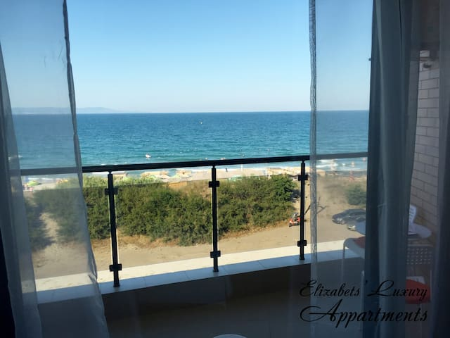 Elizabeth' Luxury Apartments, Incredible Sea view