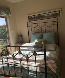 Ocean View Getaway - South Bunbury - Bed & Breakfast