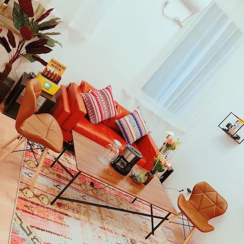 【寓见·漫延】整套/聚会/家庭旅行/黎黄陂路街头博物馆/吉庆街/江汉路/江滩/100寸投影