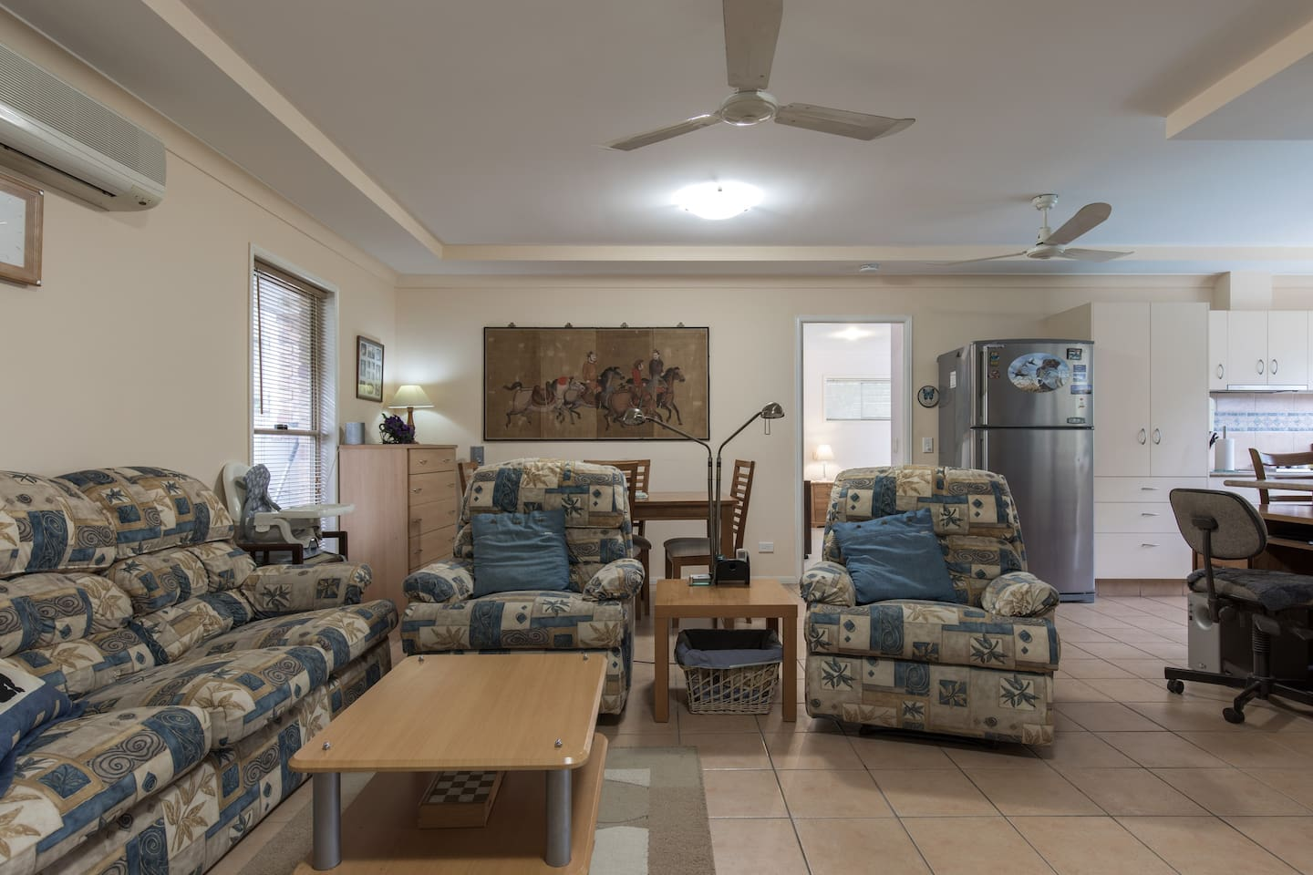 Complete  lounge with TV and airconditioning