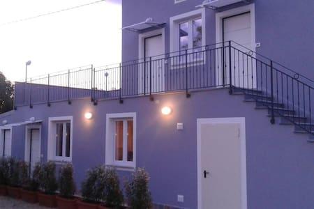 Stanza autonoma su due livelli - SANT'EUSANIO DEL SANGRO - Hus