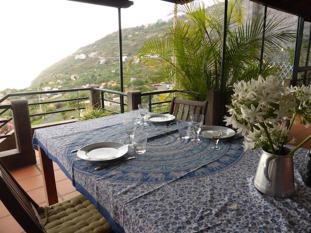 Nordic interior, Madeiran seaview - Arco da Calheta - House