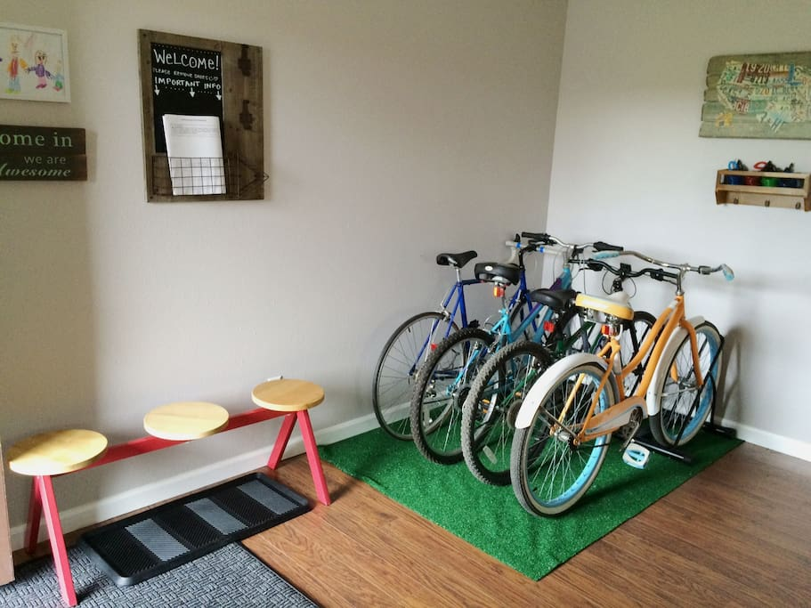 Bikes, helmets, and bike locks available in condo for easy touring. Ground level bike rack available during stay.
