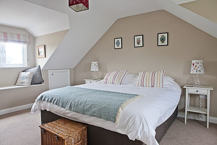 East Meon Bed and Breakfast