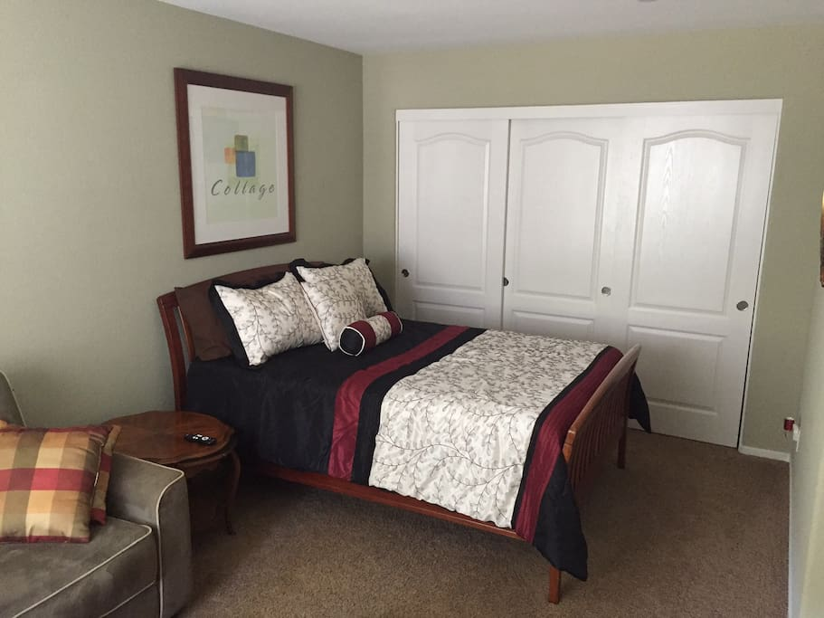 Full Bed with new mattress and closet space