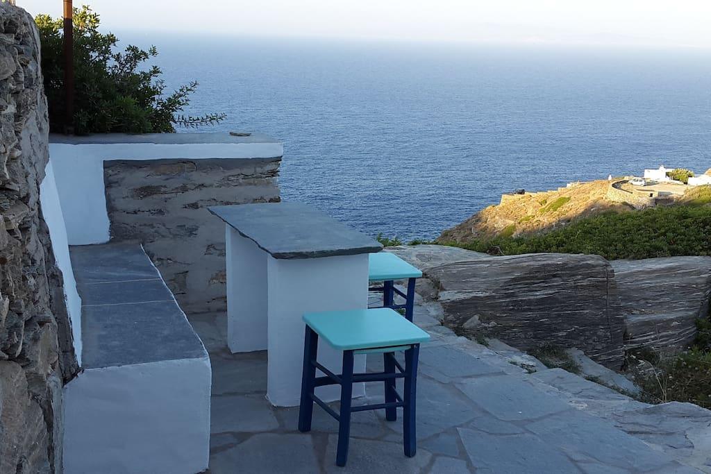 veranda, exterior table
