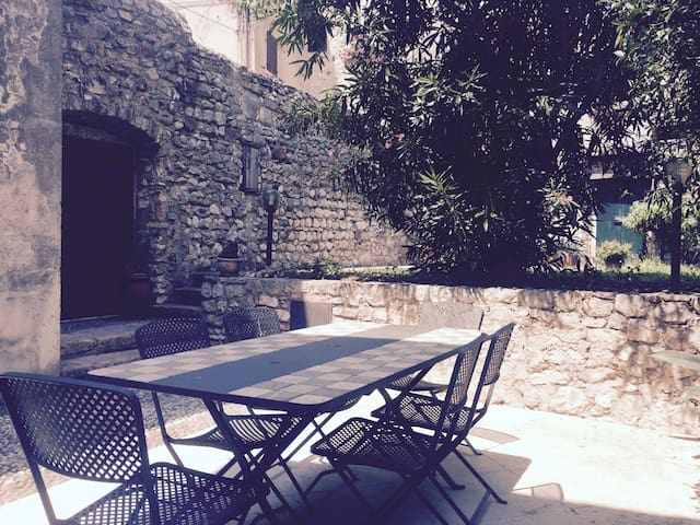 Casa con giardino sotto al castello - Malcesine - บ้าน