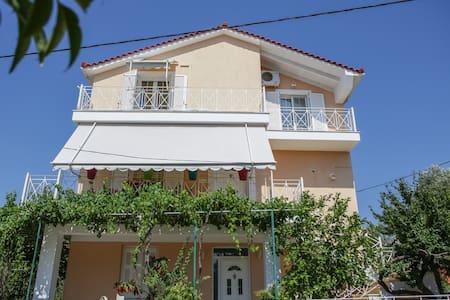 Casa de Calma - Δαυγάτα - Huvila