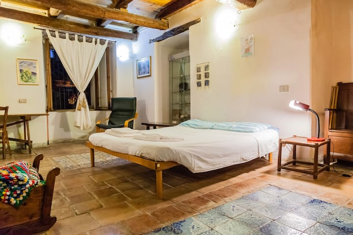 Studio apartment in the old town - Cagliari - Talo