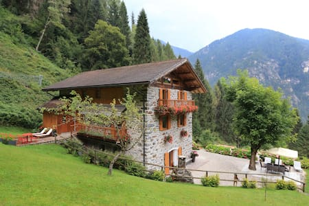 Chalet in the Dolomites 2