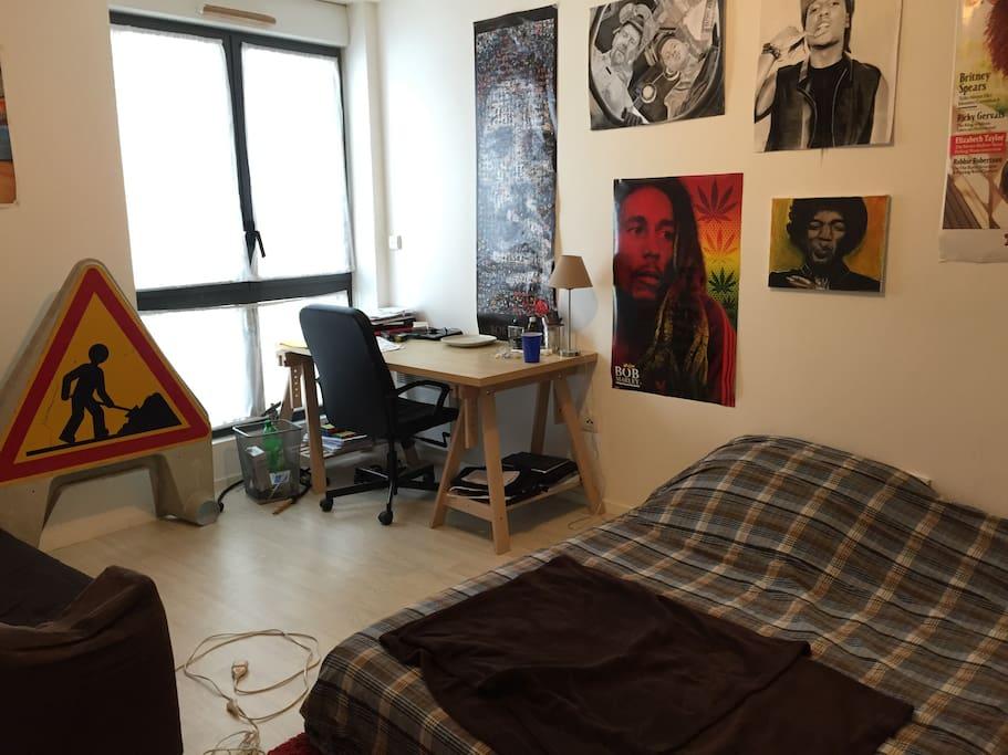 Chambre 1 (chambre 2 pas assez rangée pour une photo)