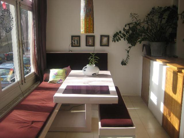 Unique spacious home in the Jordaan - Amsterdam - House
