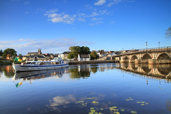 The Townhouse Apartment - Carrick on Shannon  - Daire