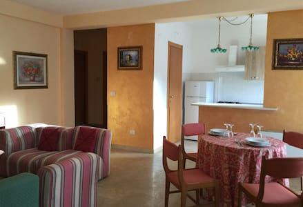 TRAMONTI HOME - Ruvo di Puglia - Apartamento