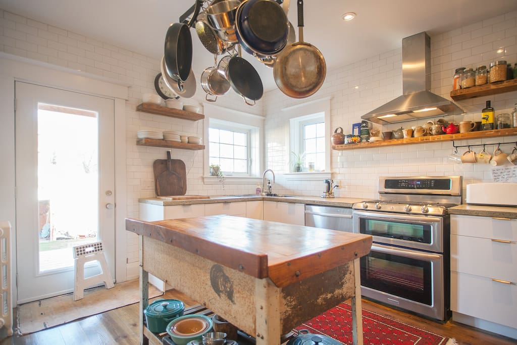 Well-equipped kitchen for your dinner masterpieces