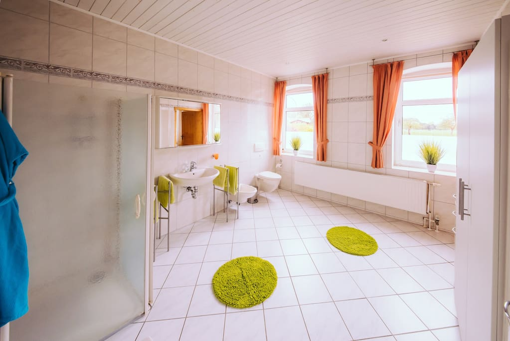 Dopplezimmer - Bad Double room - bath