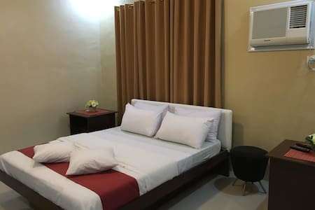 Cozy room with pool access - San Pascual - Bed & Breakfast