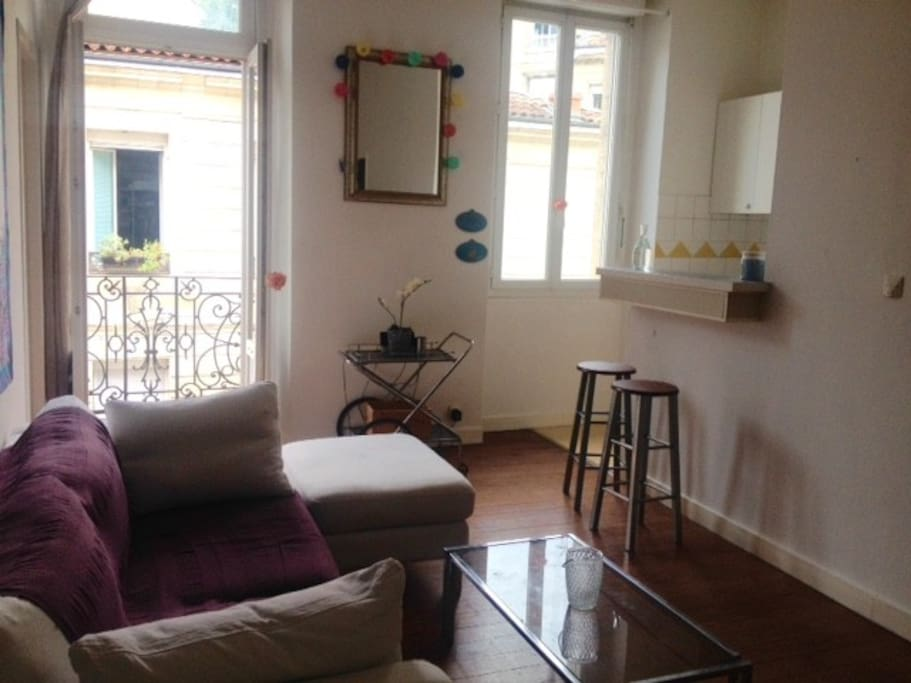 petit cocon pour les vacances appartements louer bordeaux aquitaine france. Black Bedroom Furniture Sets. Home Design Ideas