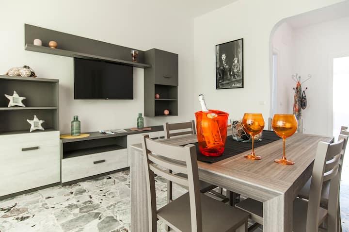 Casa Vacanza Eolo Appartamenti In Affitto A Sperlonga Lazio Italia