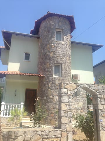 Cosy house 5 mins walk from town - Dalyan - Rumah
