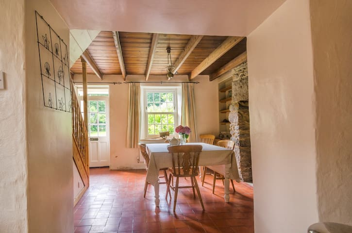 The Cottage **£550/week during May** - Redruth - Huis