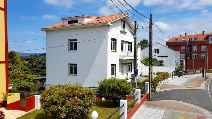 Miño town centre apartment, beach 500m