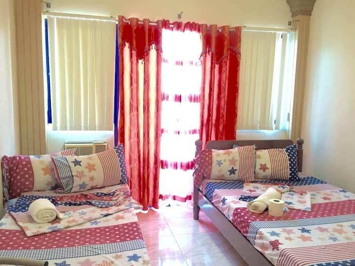Cozy Room for 3 @ Blue Ridge Hotel