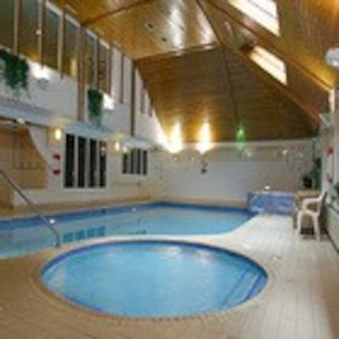 Use of the leisure facilities at the nearby Waterloo Hotel (5 min walk) Sauna, steam, jacuzzi, gym and pool