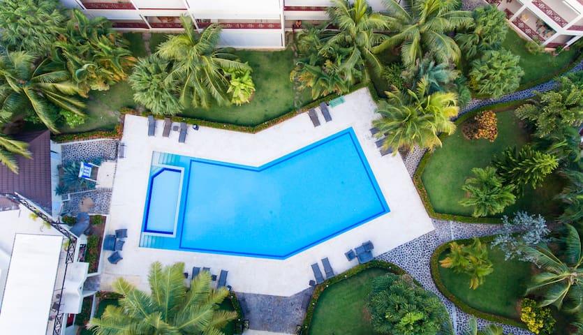 Habitación Hotel piscina, snack bar, disco