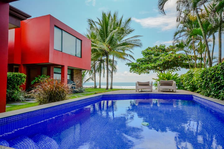 Seascape - Luxury Beach Front House with Pool! - Playa Hermosa - Casa