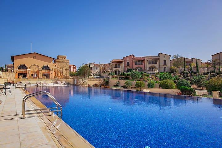 Aphrodite Hills Luxury 2 bed Pafos - Kouklia - Apartamento
