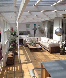 2 bedrooms/4 persons (private)
