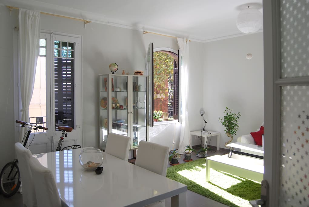 Quiet Centric Room Near The Beach Apartments For Rent In Barcelona Catalonia Spain