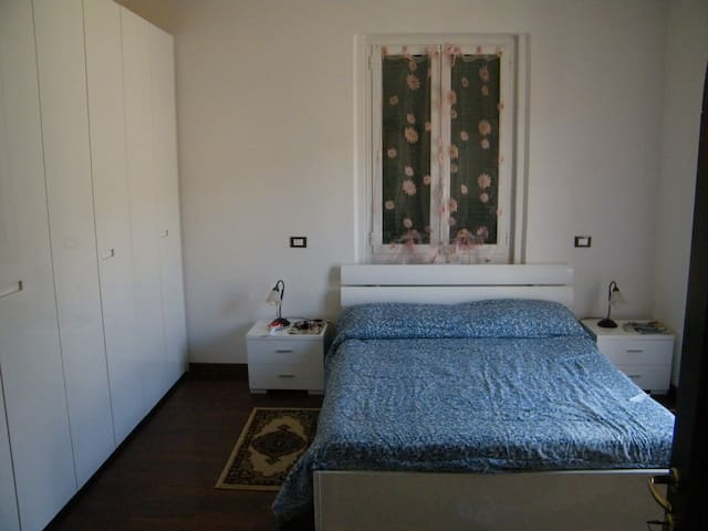 Bright apartment 300m from the sea - San terenzo frazione di Lerici - Apartment