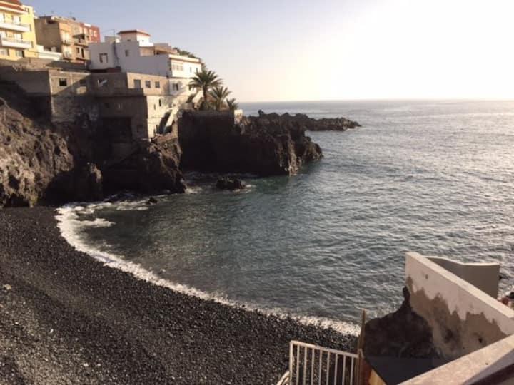 Apto en alquiler junto al mar