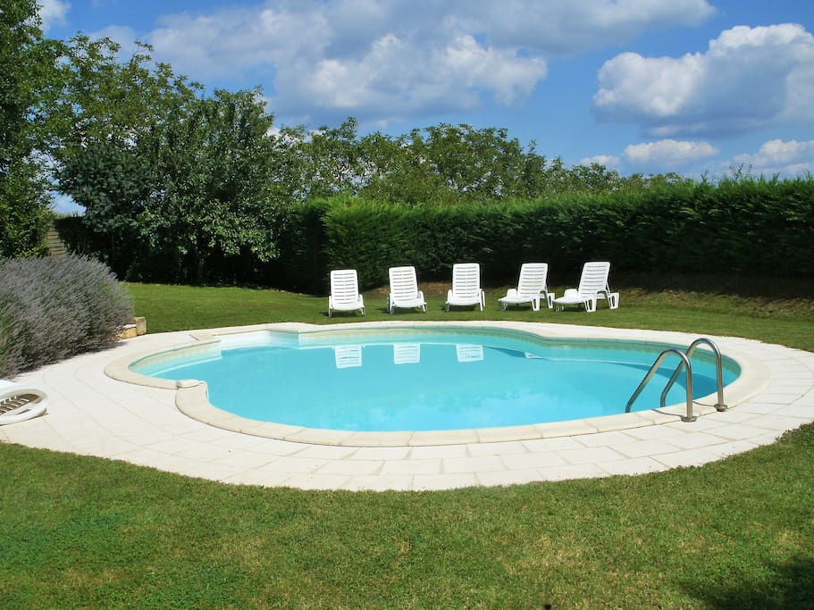 Beautiful 9mx6m secluded pool