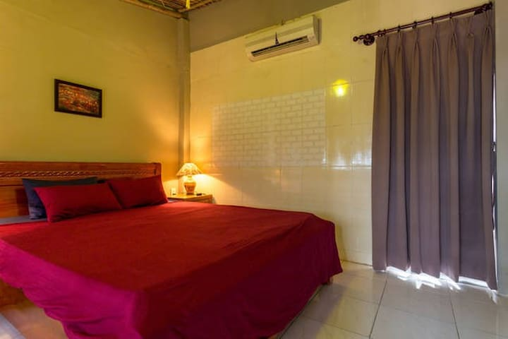 Stylish Loft Apt, District 1, CBD - Ho Chi Minh City - Apartment