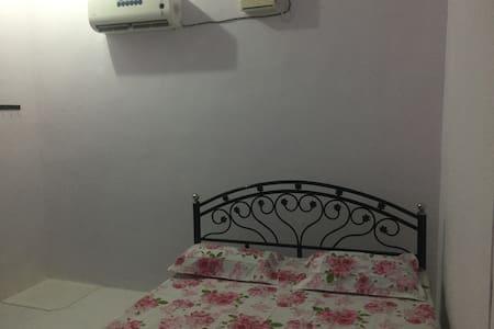 Private room,private bathroom unattached