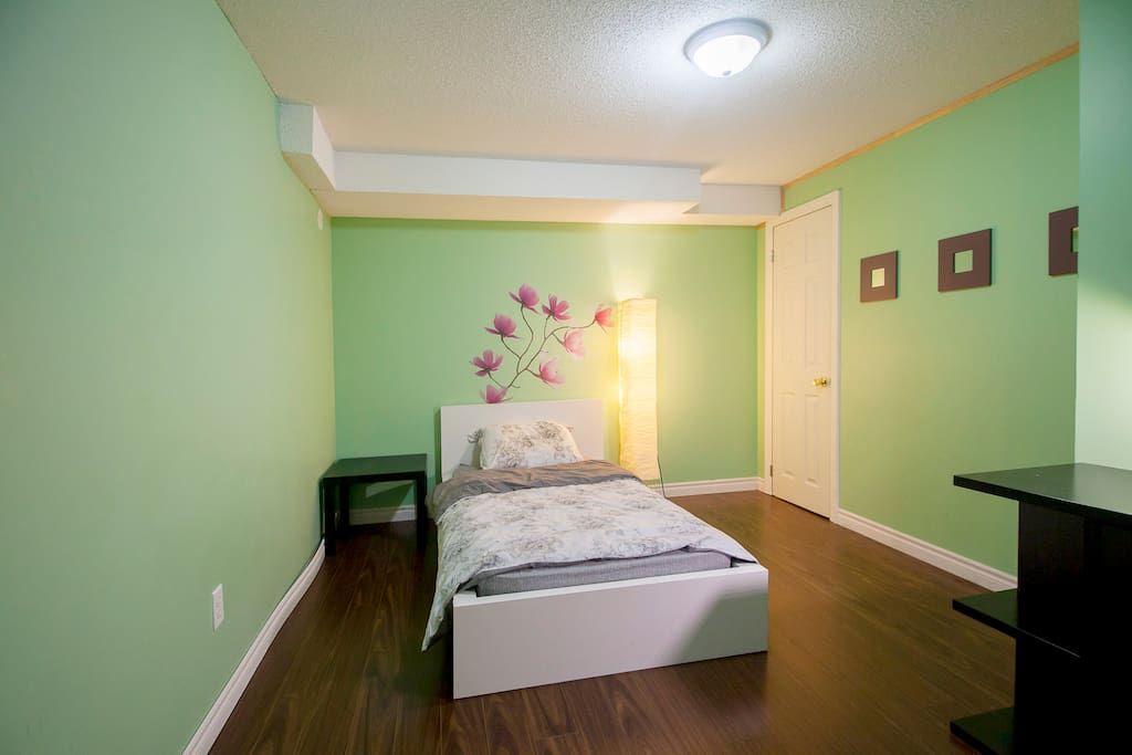 Rooms For Rent In Toronto Near York University