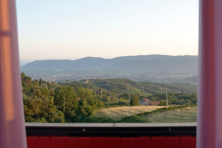 Bilocale in collina con vista mare - Fosdinovo - Appartement