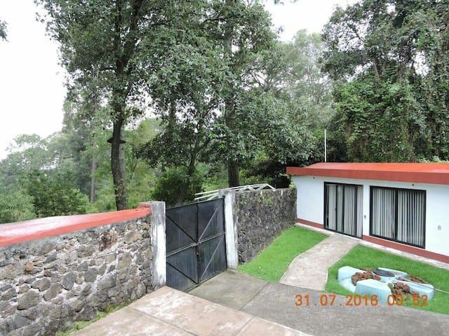 Chalet en el bosque, Cuernavaca. - Huitzilac - Haus
