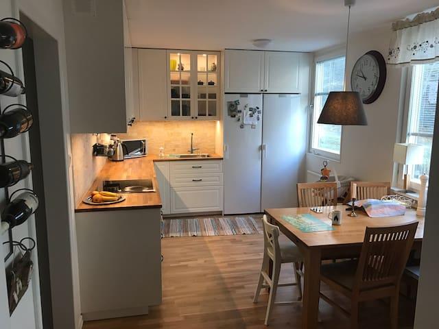 Family flat near Stockholm - Tyresö - Leilighet